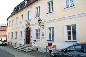 aerzte praxis am schloss bild02 300x200 - Praxis am Schloss
