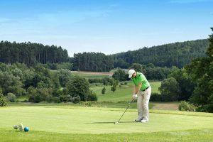 golfclub zollmuehle abschlag 300x200 - Golfen