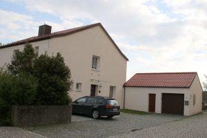 kirchen kath sto st augustinus stopfenheim pfarramt 300x200 - Katholische Pfarrgemeinde St. Augustinus Stopfenheim