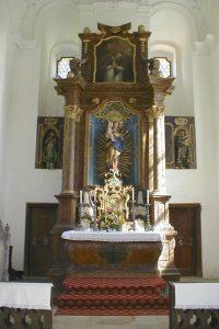 maxkirche innen altar 200x300 - Maximilianskirche