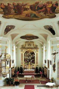pfarrkirche st augustinus innen02 200x300 - Pfarrkirche St. Augustinus (kath.)