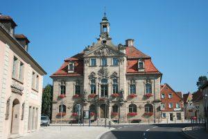 rathaus aussen 300x200 - Rathaus