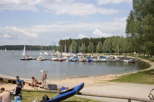 seenland rothsee strand segelhafen 300x200 - Fränkisches Seenland