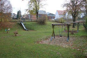 Kinderspielplatz in Ellingen (Stadtgarten, neben der evang. Kirche)